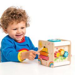 Holz-Aktivitätszentrum für Kleinkinder, ab 2, Geschenk aus Holz, Le Toy Van