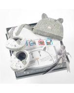 Geschenkset Baby Pyjama Katze Grau 6 Monate, Les Bébés d'Elizéa